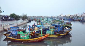 Bình Thuận: Hỗ trợ ngư dân đóng tàu đánh bắt xa bờ