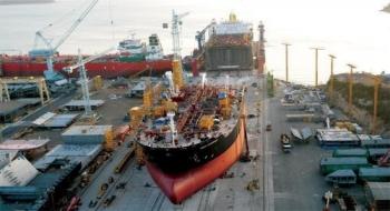 Lượng đơn hàng đóng tàu mới trên toàn cầu giảm mức thấp kỷ lục
