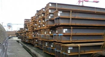 Sản xuất và tiêu thụ thép giảm, nhập khẩu phế liệu sắt bình ổn